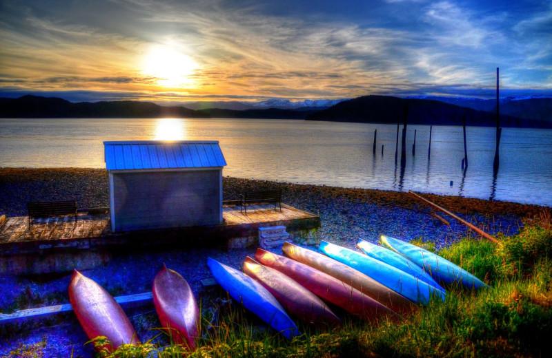 Kayaking at Orca Adventure Lodge.