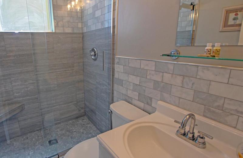 Bathroom at Palm Court 6.