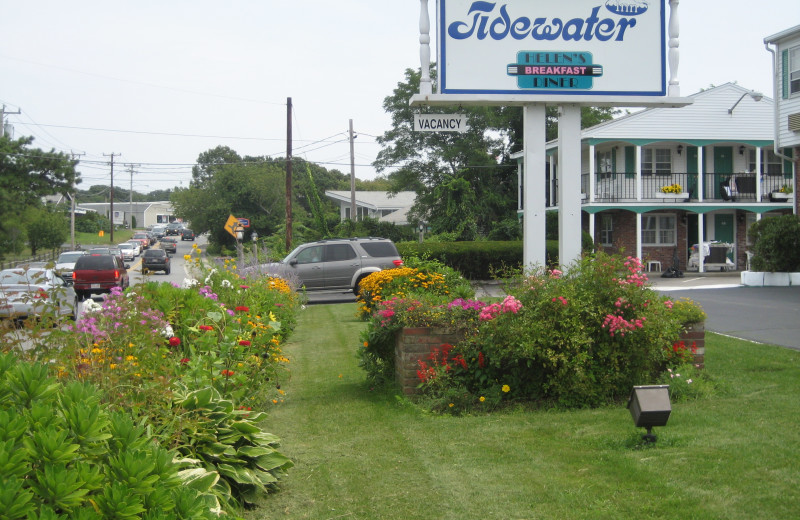 Exterior view of Tidewater Inn.
