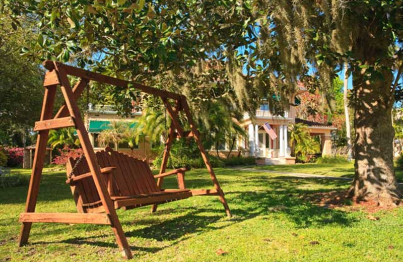 Swinging bench at Magnolia Inn Bed & Breakfast.