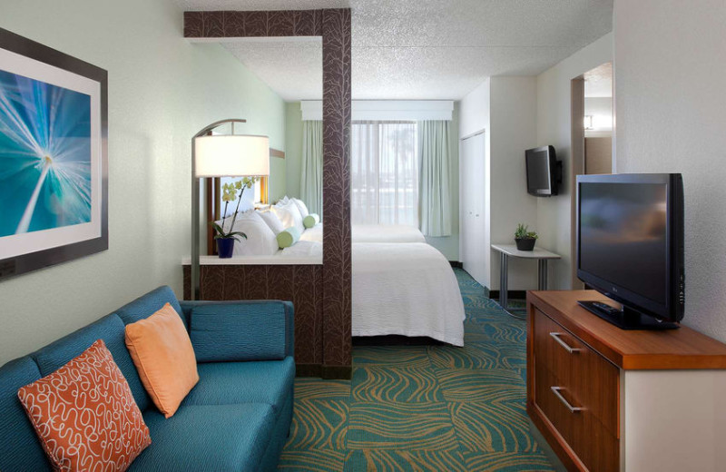 Guest room at SpringHill Suites Phoenix Downtown.