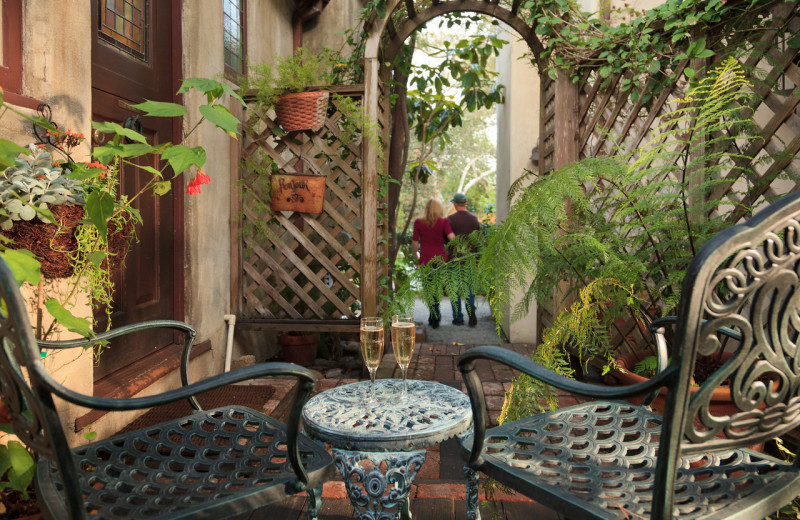 Guest patio at Old Monterey Inn.