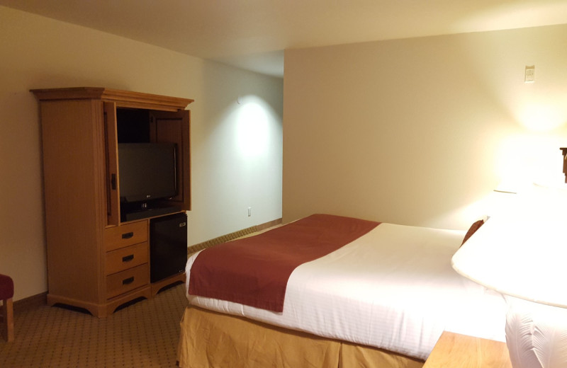 Guest room at Carson Hot Springs Spa and Golf Resort.