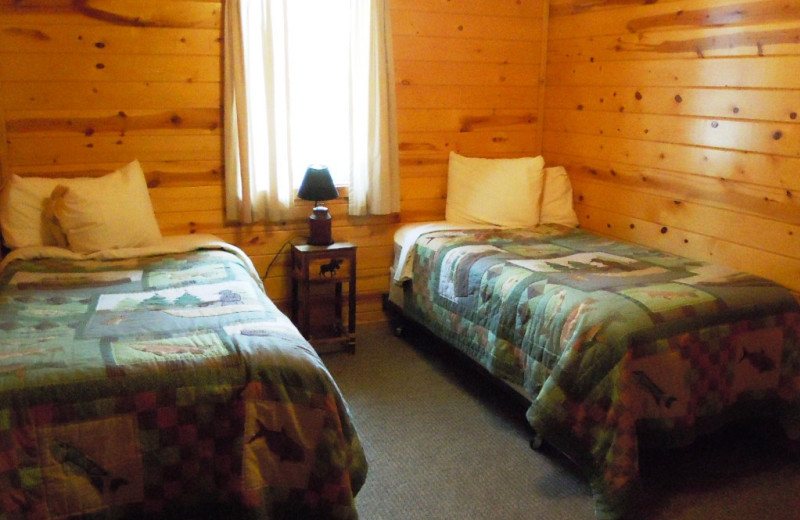 Cabin bedroom at Lakewood Lodge.