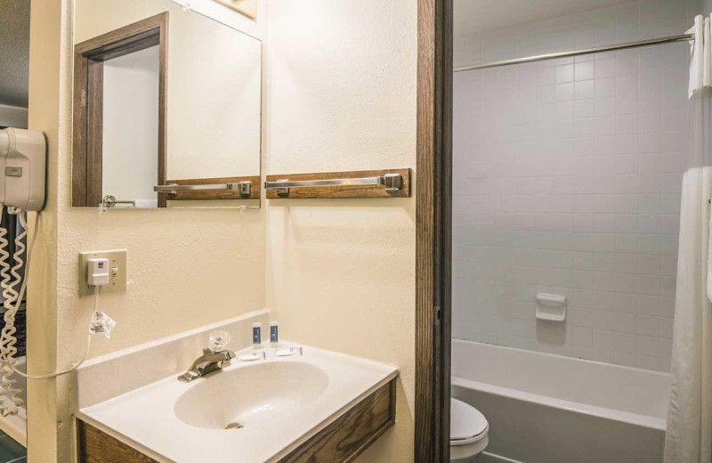 Guest bathroom at Rodeway Inn - Fergus Falls.