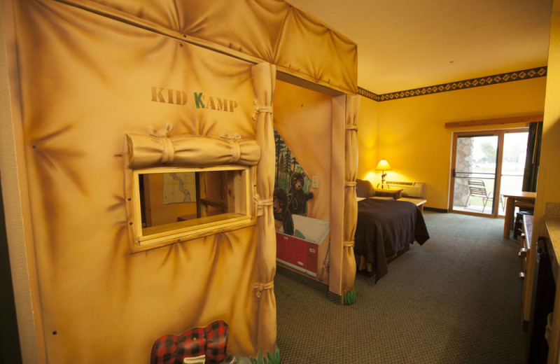 Guest room at Great Wolf Lodge - Kansas City.