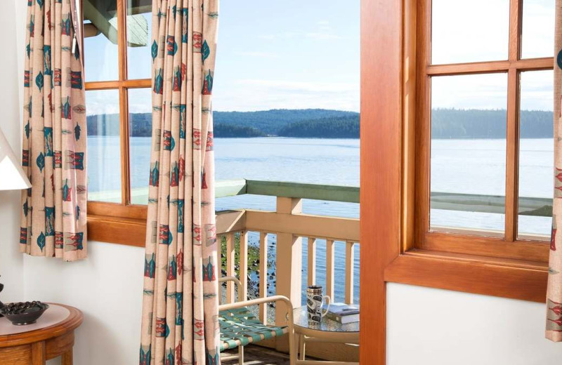 Guest room balcony at Painters Lodge.