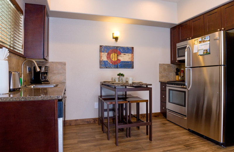 Guest kitchen at Fall River Village Resort Condos.