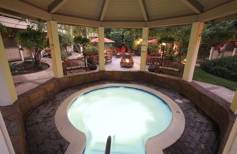Hot tub at Best Western Sonoma Valley Inn & Krug Event Center.