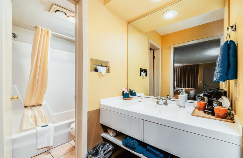 Guest bathroom at Hotchkiss Inn.