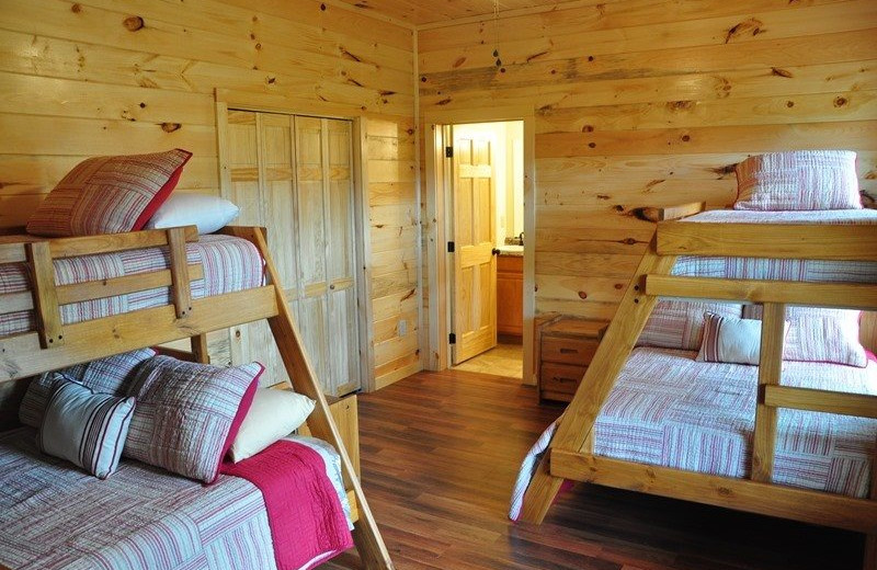 Cabin bunk beds at Great Smokys Cabin Rentals.