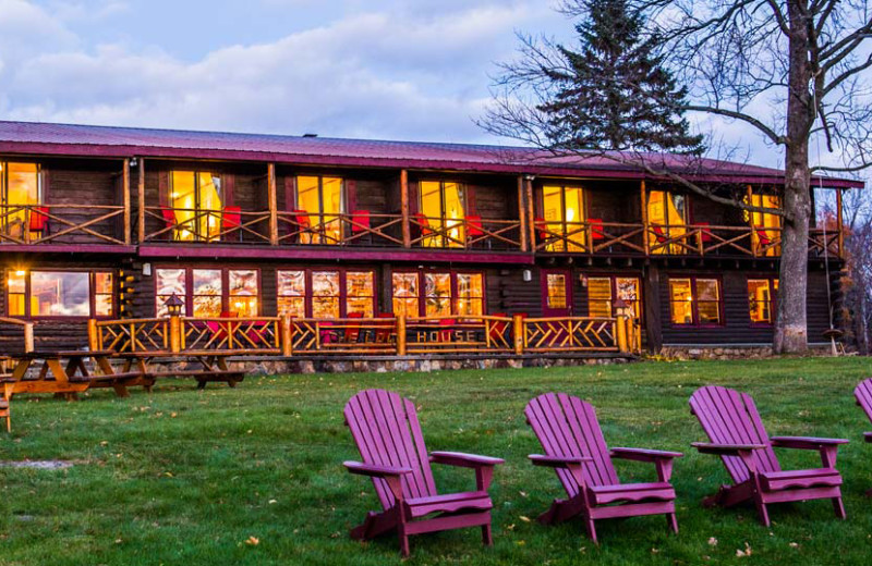 Exterior view of Garnet Hill Lodge.