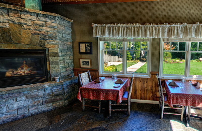 Dining room at Cambria Pines Lodge.