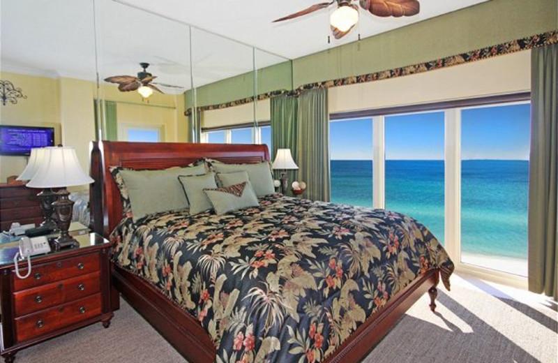 Guest bedroom at Best Beach Getaways.