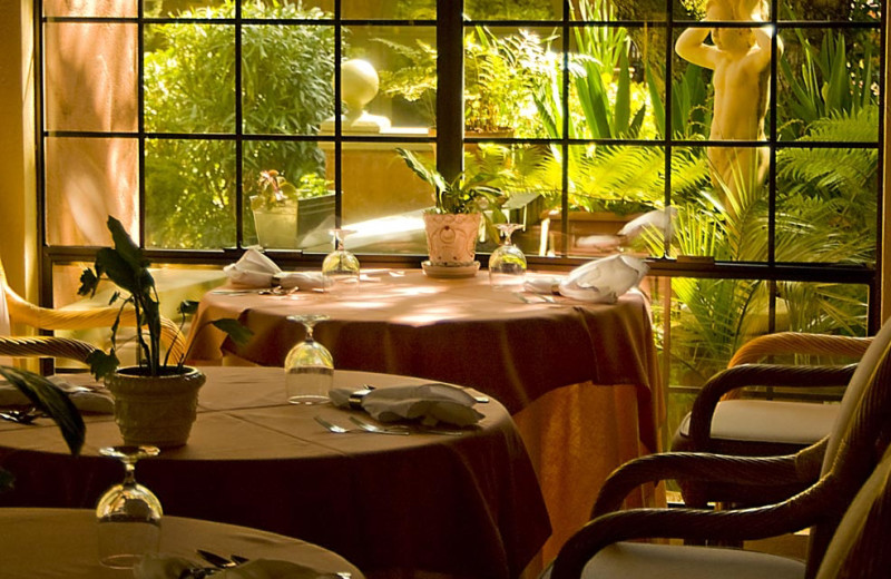 Dining at Sonoma Coast Villa & Spa Resort.