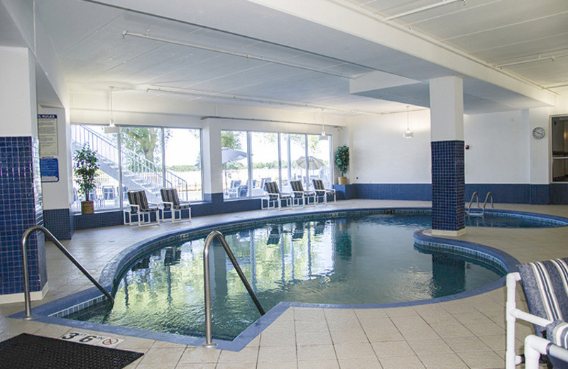 Indoor pool at Delavan Lake Resort.