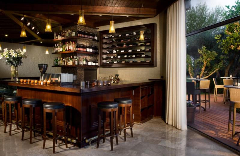Bar at Dan Caesarea.
