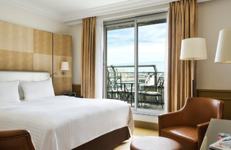 Guest room at Paris Marriott Champs Elysees.