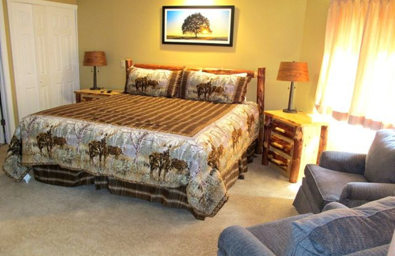 Guest room at Highridge Condominiums.