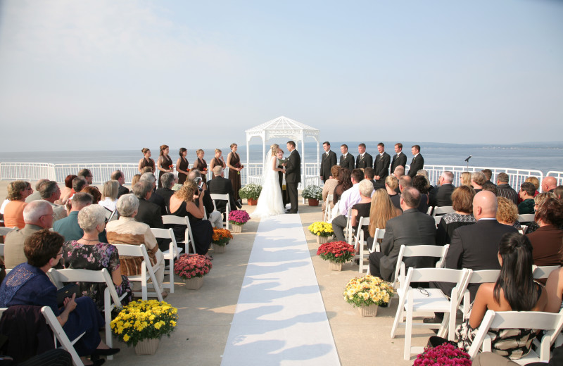 Beach wedding at Bay Harbor Village Hotel & Conference Center.