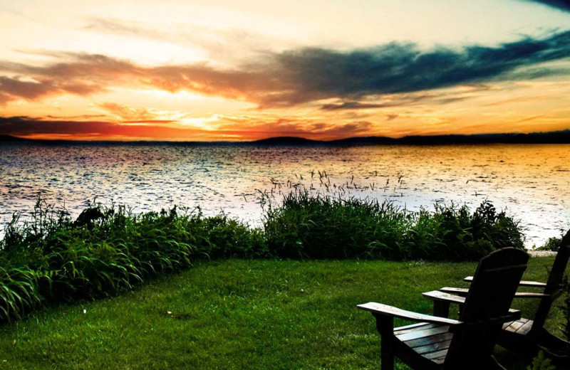 Lake view sunset at Heidel House Resort.