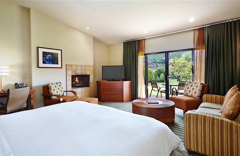 Guest room at Villas At Poco Diablo.