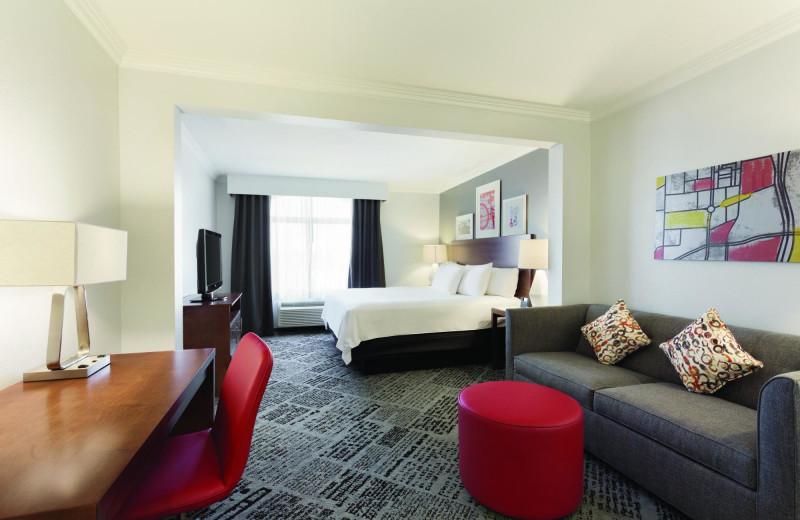 Guest room at Radisson Hotel Dallas North Addison.