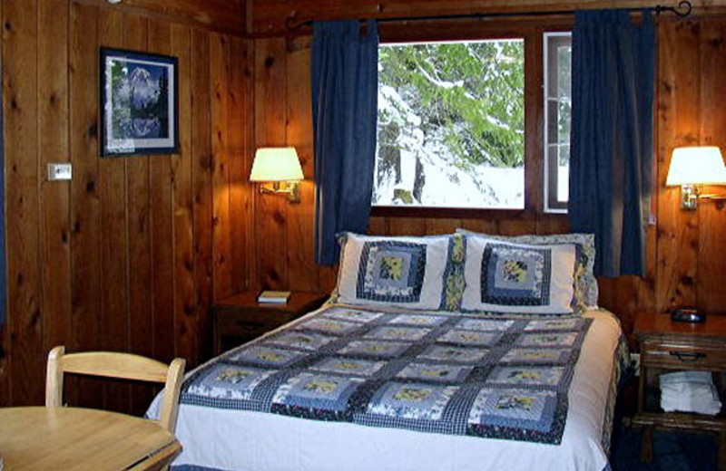 Guest Room at Stone Creek Lodge