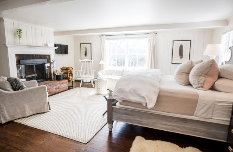 Guest bedroom at Edson Hill.