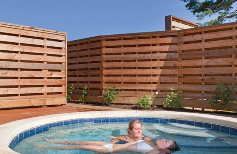 Spa whirlpool at La Torretta Lake Resort.