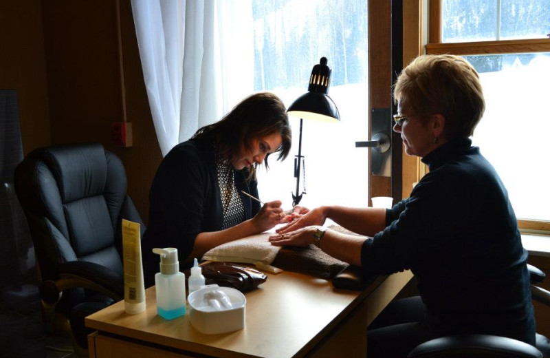 Manicure at Giants Ridge Golf and Ski Resort.