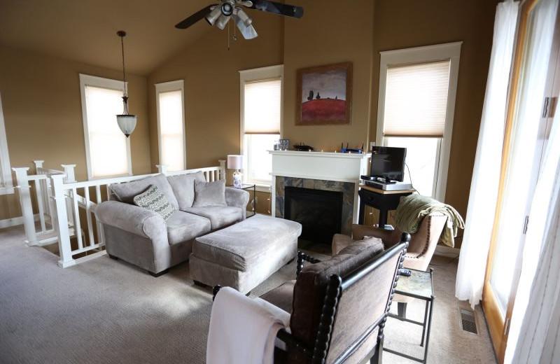 Rental living room at Alpine Getaways.