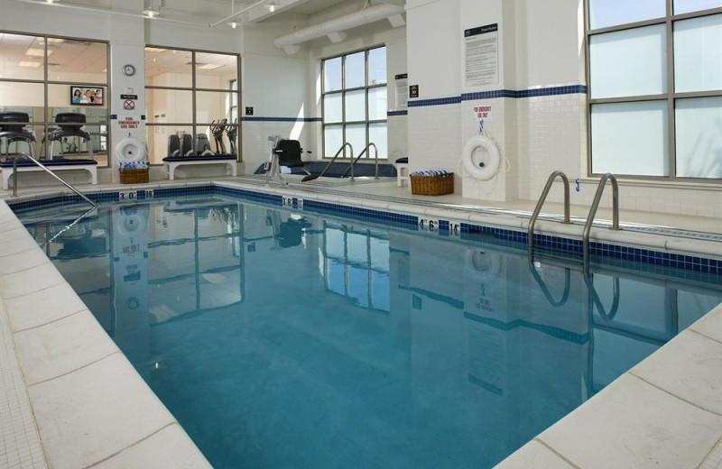 Indoor pool at Sheraton St. Paul Woodbury Hotel.
