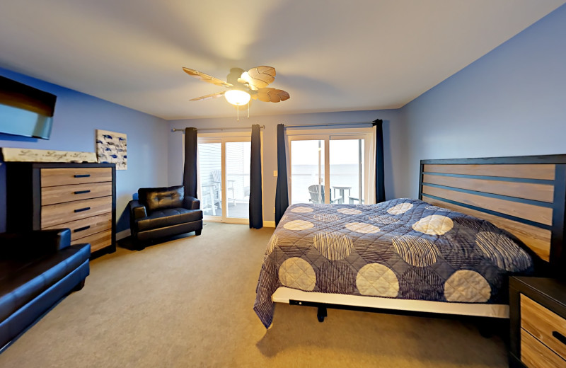 Put-in-Bay Waterfront Condos Upstairs Bedroom