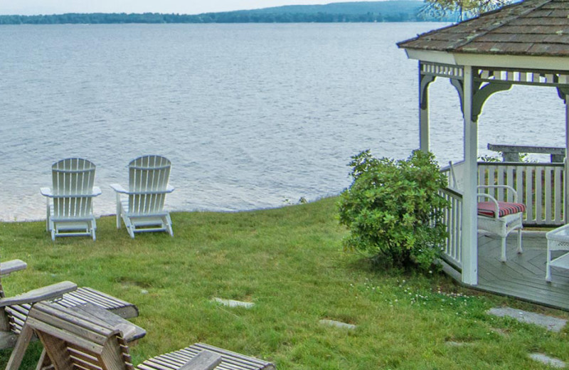 Wedding at The Lake House at Ferry Point B