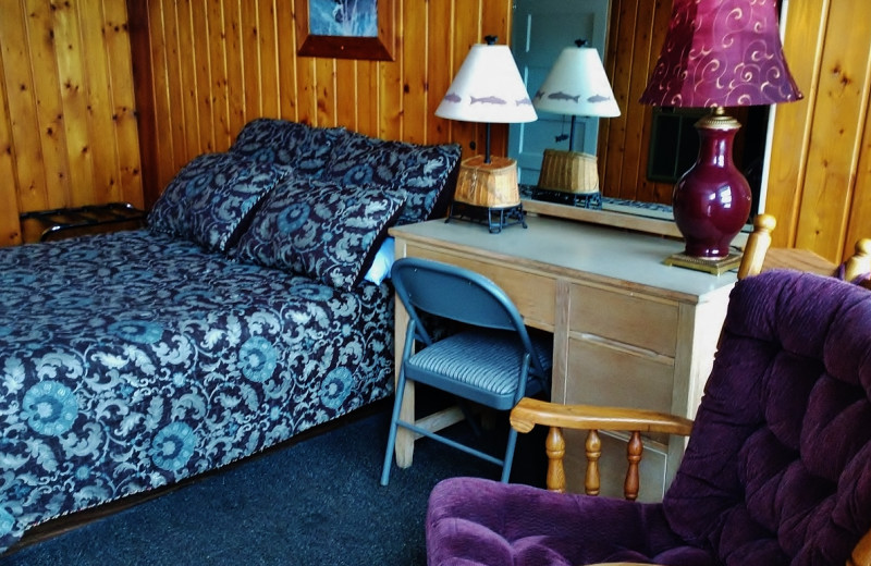 Guest room at Sears Motel.