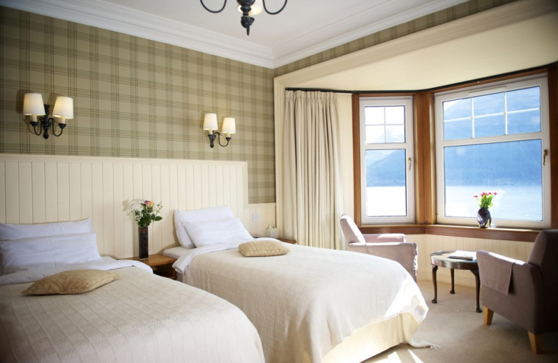 Guest room at Lodge On The Loch Hotel.