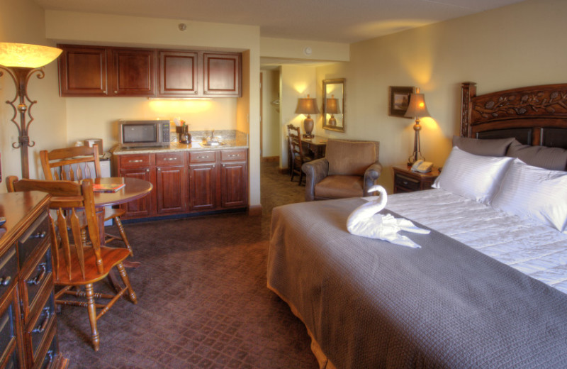 Suite Room at Lodge of the Ozarks