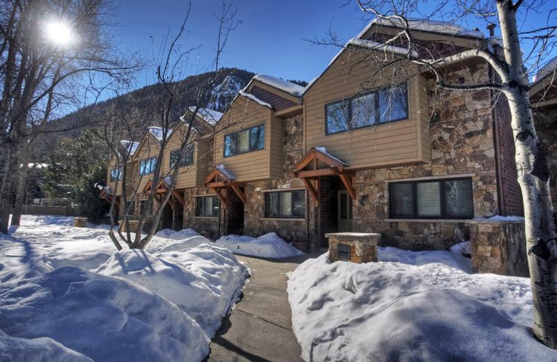 Rental exterior at Frias Properties of Aspen - Clarendon #6.