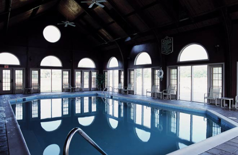 Indoor pool at Wyndham Kingsgate.