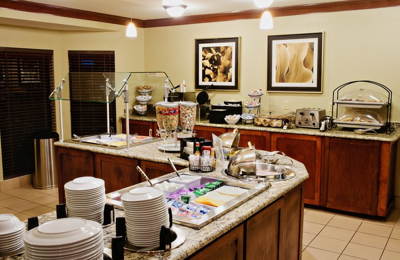 Breakfast at Staybridge Suites DALLAS-LAS COLINAS AREA.