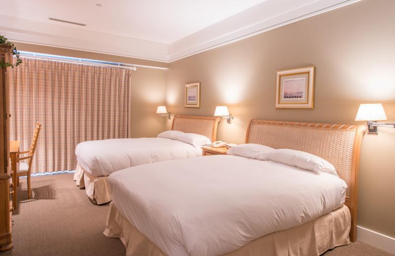 Two bed guest room at Bay Harbor Resort and Marina.