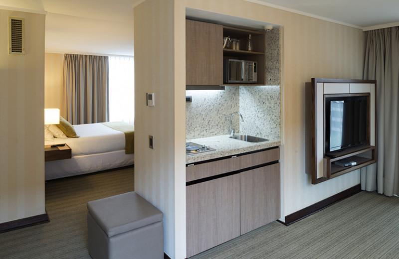 Guest room at Hotel Presidente Santiago.