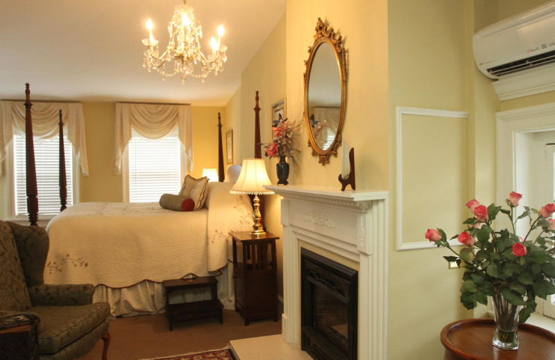 Guest room at Middleburg Inn and Guest Suites.