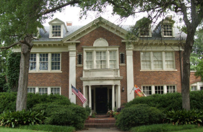 Exterior view of Colcord House Bed & Breakfast.