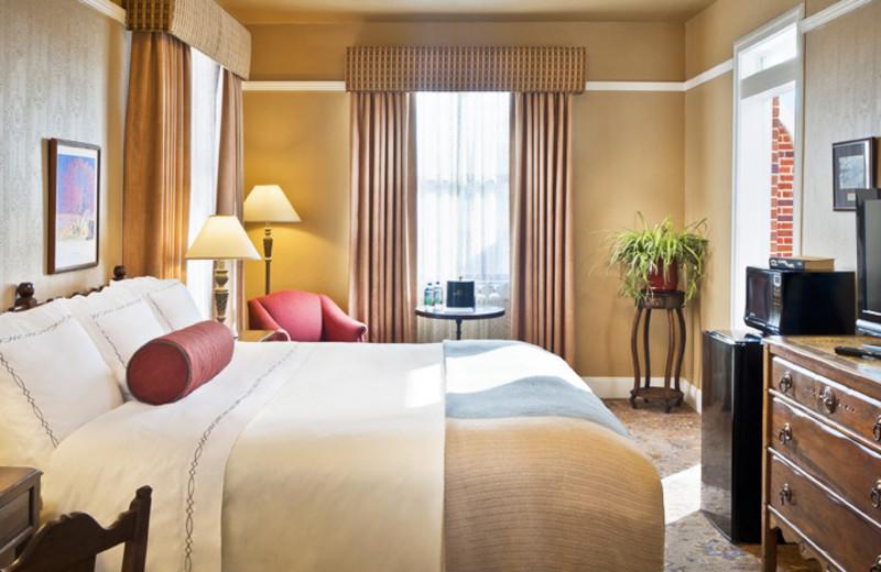 King guest room at Hassayampa Inn.