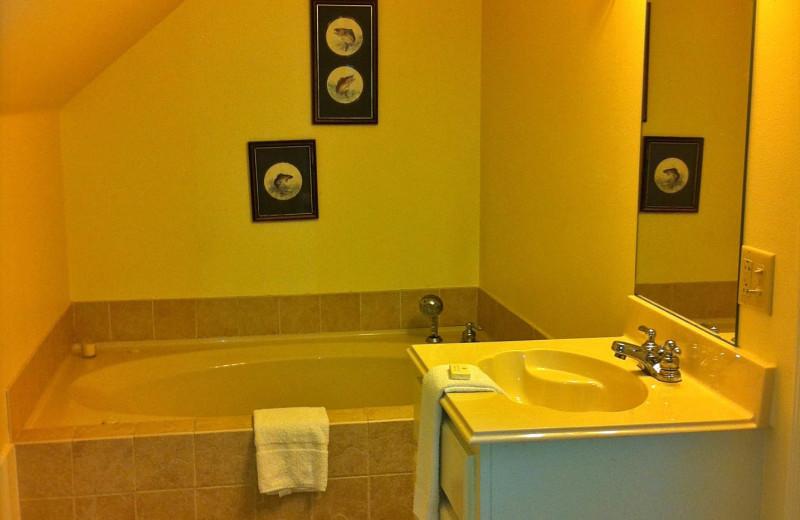 Guest bathroom at The Abbe House Inn.