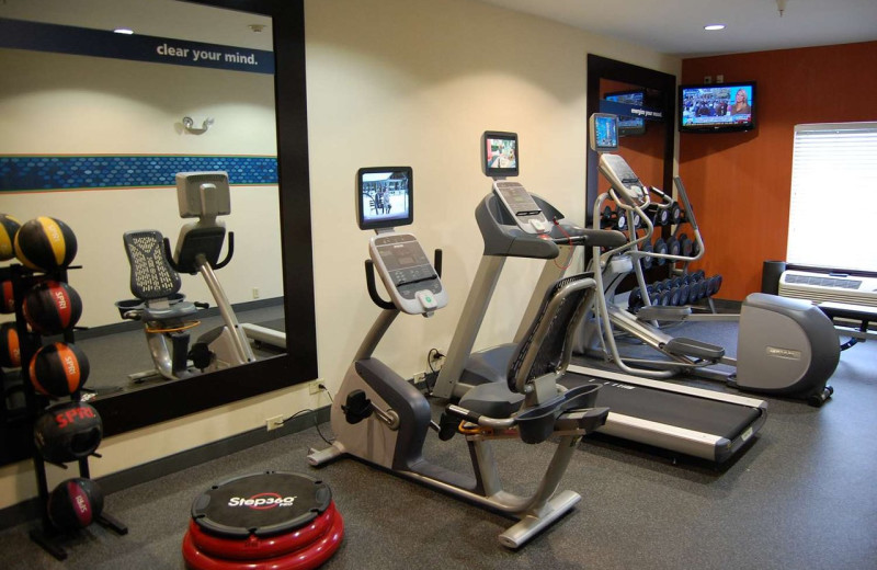 Fitness room at Hampton Inn Stow.