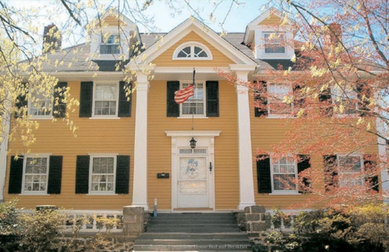Exterior view of Longfellow House B & B.