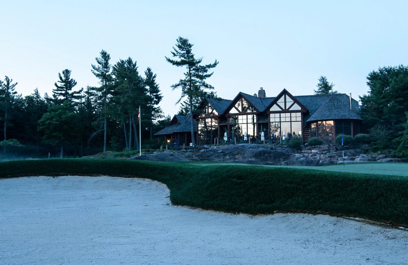 Exterior view of Rocky Crest Golf Resort.